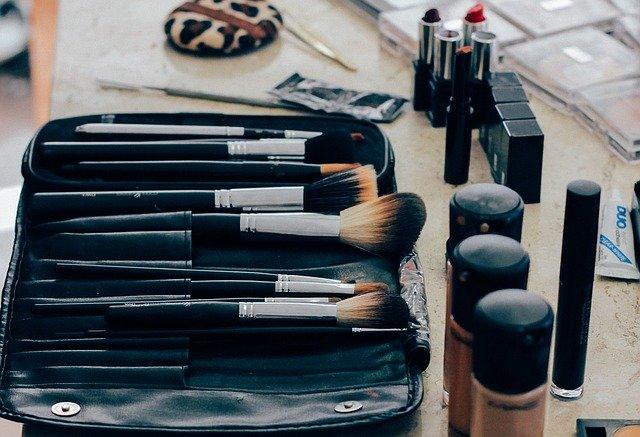 Podkład – najważniejszy kosmetyk do makijażu